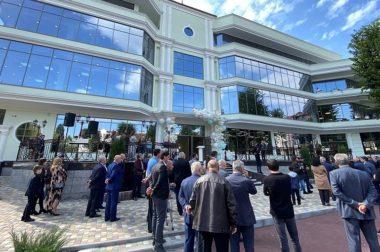 Казбек Коков принял участие в открытии шахматной школы в Нальчике