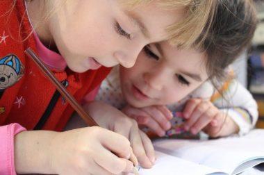 Школьники КБР уйдут на каникулы на 2 недели с 26 октября