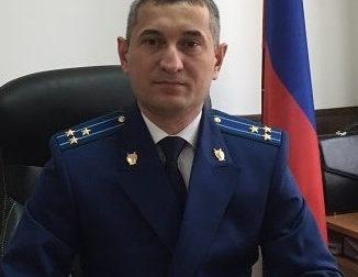 В КБР при получении взятки задержан прокурор Черекского района
